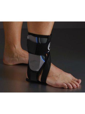Жесткий шарнирный голеностопный ортез Core Line Ankle Brace 7772