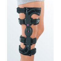 Регулируемый жесткий коленный ортез M.4 X-lock правый